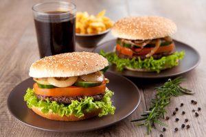 Fastfood macht Immunsystem aggressiver